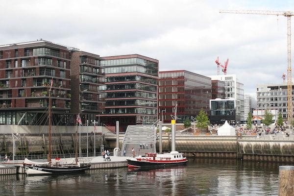 Hamburg_Hafencity_Magellanterrassen